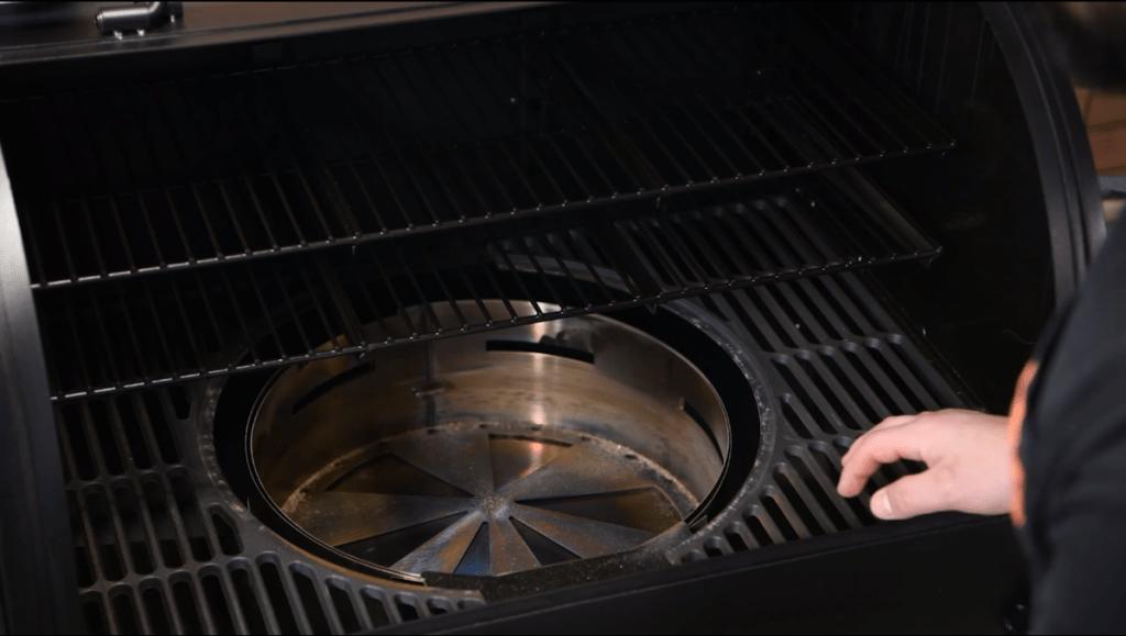 Oklahoma Joe's Rider DLX Pellet Grill/Smoker Heat Deflector