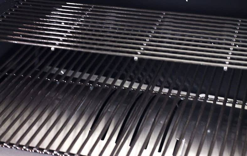 Pit Boss 700FB Pellet Grill Cooking Area